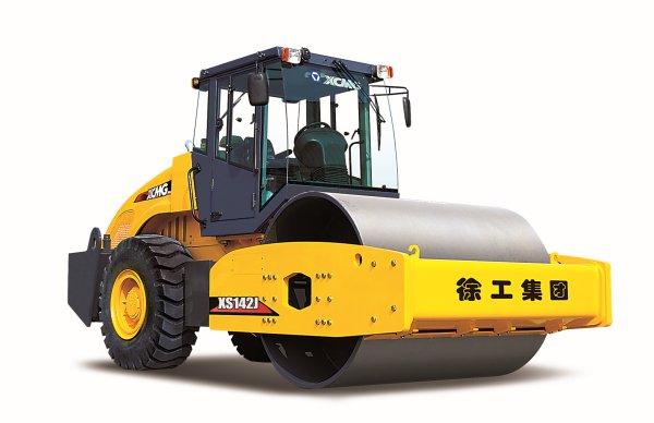 Каток дорожный самоходный вибрационный XCMG XS142J из Китая